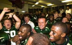Jim Leavitt & the USF Bulls celebrate victory | Kansas 2008