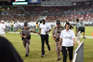 USF Coach Willie Taggart