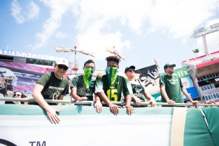 34 USF vs ECU 2016 - USF Students with masks pre-game (6016x4016)