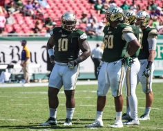 89 USF vs ECU 2016 - USF DT Deadrin Senat and DT Bruce Hector (4396x3517)