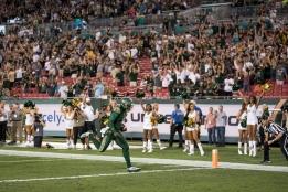 47 - Navy vs. USF 2016 - USF QB Quinton Flowers TD run by Dennis Akers | SoFloBulls.com (4797x3202)
