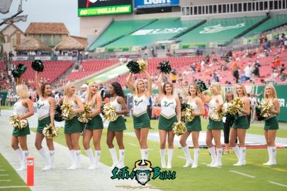 18 - Illinois vs. USF 2017 - USF Cheerleaders Dennis Akers | SoFloBulls.com (5036x3362)