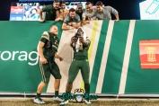 180 - Temple vs. USF 2017 - USF QB Quinton Flowers Auggie Sanchez Selfie by Dennis Akers | SoFloBulls.com (5806x3876)