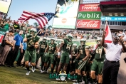 29 - Illinois vs. USF 2017 - USF LB Anthony Beko Deangelo Antoine Keirston Johnson Stanley Clerveaux Danny Thomas by Dennis Akers | SoFloBulls.com (4230x2824)