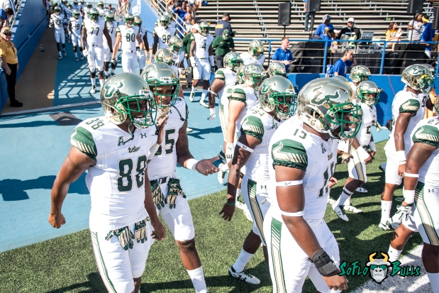 38 - USF vs. San Jose State 2017 - USF WR Kevaughn Dingle by Dennis Akers | SoFloBulls.com (4915x3281)