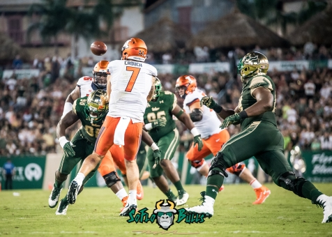 72 - Illinois vs. USF 2017 - USF DE Mike Love Hitting QB Chayce Crouch by Dennis Akers | SoFloBulls.com (4873x3481)