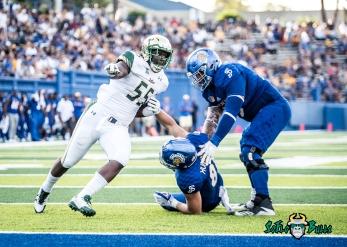 97 - USF vs. San Jose State 2017 - USF LB Josh Black by Dennis Akers | SoFloBulls.com (3753x2681)